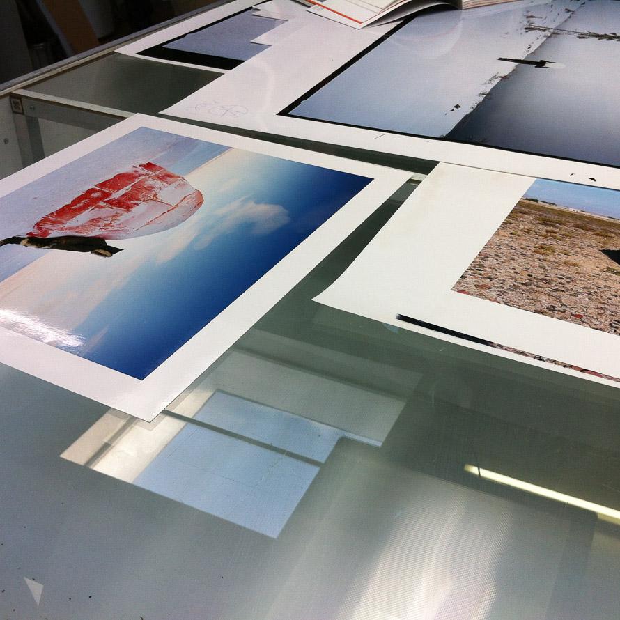 Scarlett-Hooft-Graafland-Prints im Fotolabor